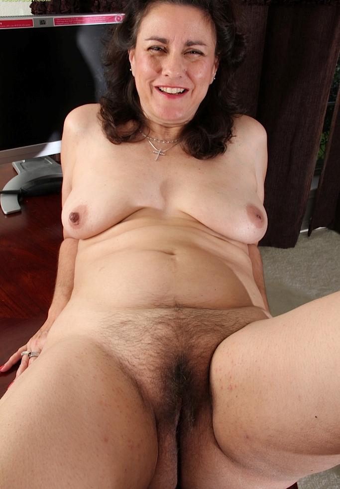Bezüglich Sex Community wie auch Nackte Cougar – die Expertin dafür heißt Andrea.