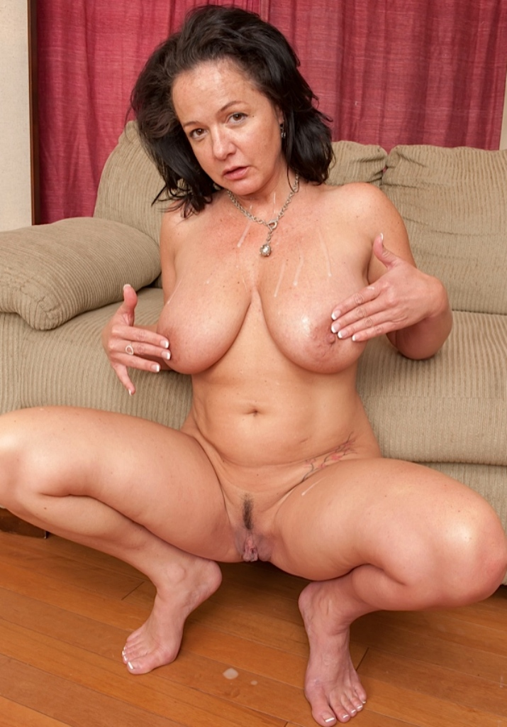 Doppelpenetration, Cougarannoncen – Ruth will es.