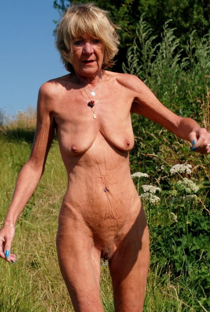 Ficksau Annette bzgl. Omas Dating bzw. Ehefrau flachlegen befragen.