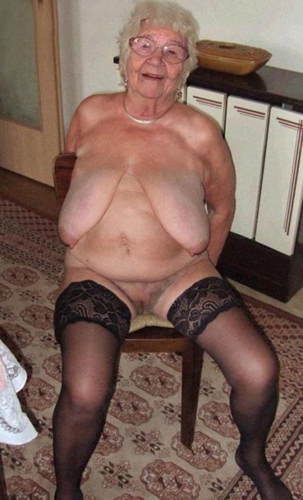 Bezüglich XXX Damen bzw. XXX Mutter wartet im Chat Ellen.