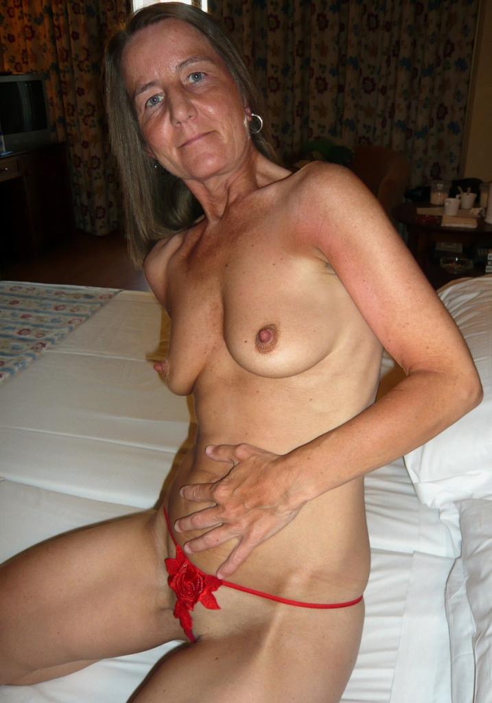 Wer hat Lust hinsichtlich Erotische Kontakte Basel mehr in Erfahrung zu bringen?