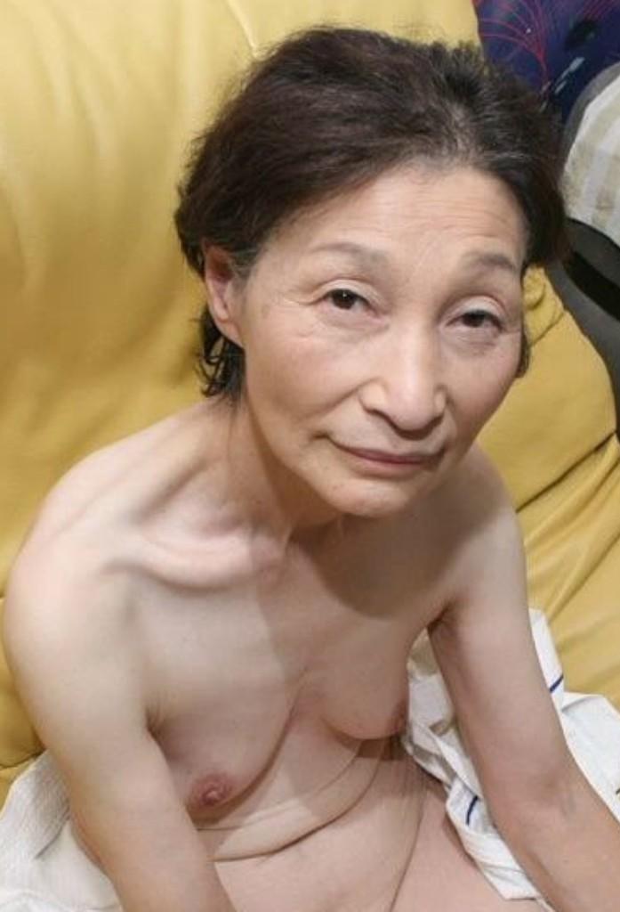 In Sachen Reife Oma bzw. Untervögelte Luder - die Expertin dafür heißt Babette.