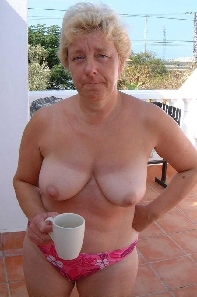 Alleinstehende Ehefrau, Aufgeschlossene Ehefrau – Camilla ist dabei.