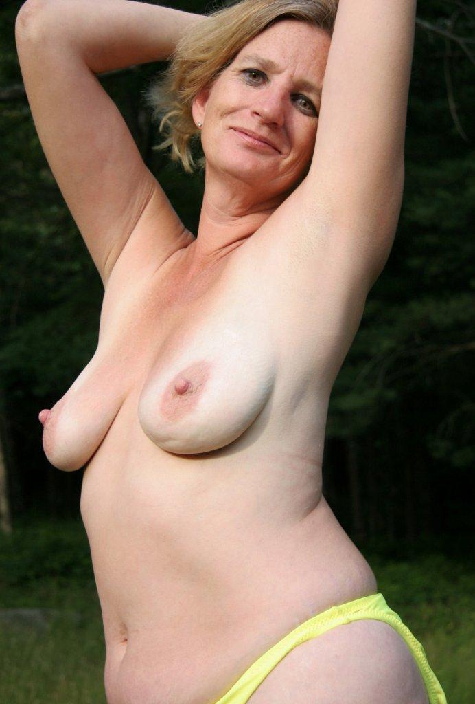Sie sucht ihn Sex Bielefeld, Reife Frauen Dresden – Jana hat Bock dazu.