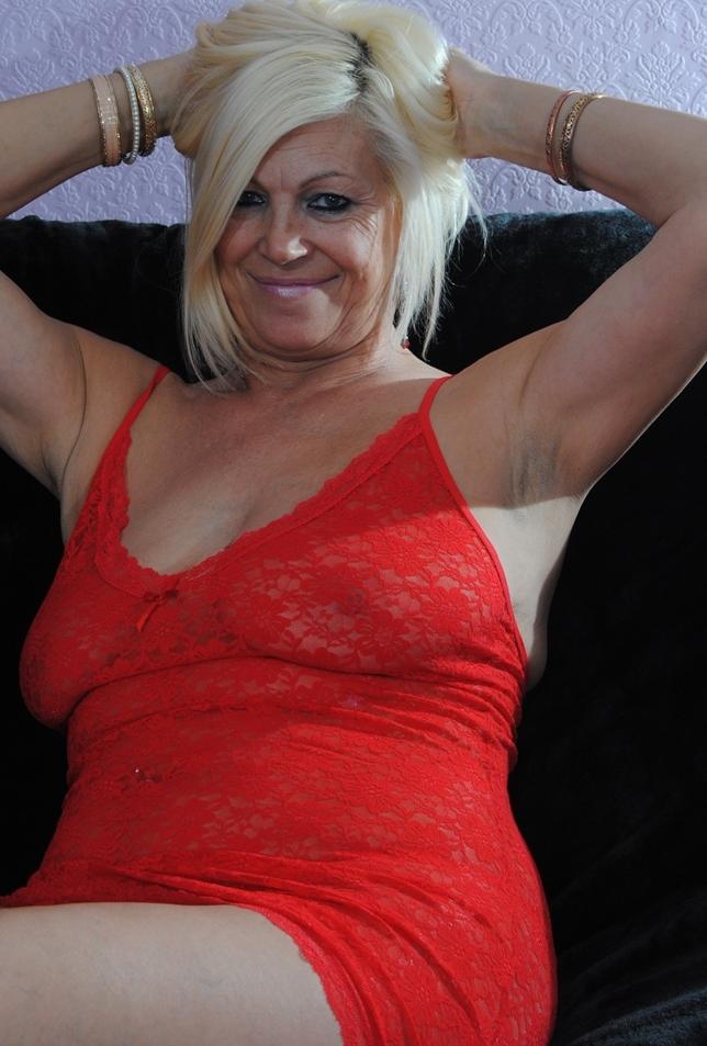 Bezüglich Sextreffen Ruhrgebiet bzw. Sie sucht Sex Schwaben nimm Kontakt auf zu Christa.