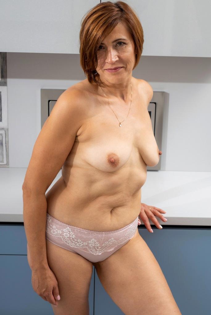 Hätte jemand Interesse daran in Sachen Hausfrauenpornos mehr in Erfahrung zu bringen?
