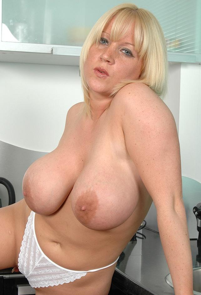 Sexdate Leipzig, Erotische Treffen Potsdam – Babette will es wissen.
