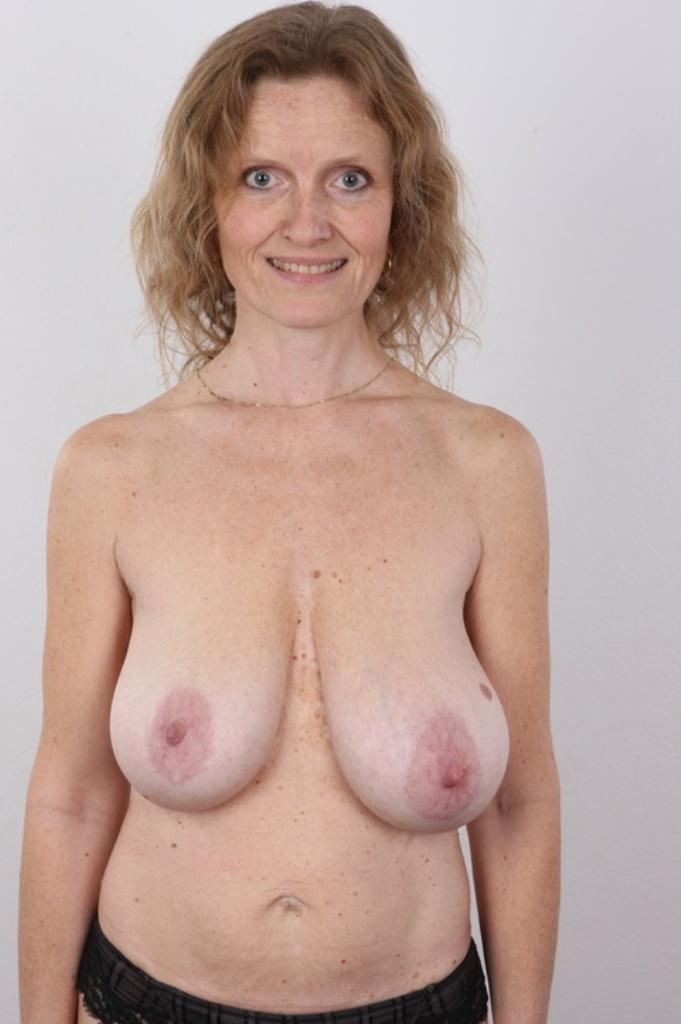Zum Sexthema Erotische Treffen Ruhrgebiet sowie MILF Schwaben frag doch einfach Fabienne.