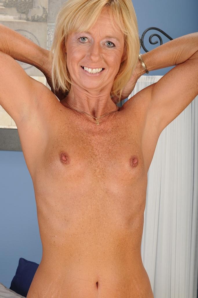 Zum Sexthema Reife Frau Ruhrgebiet aber auch One Night Stand Schwaben wartet im Chat Gloria.