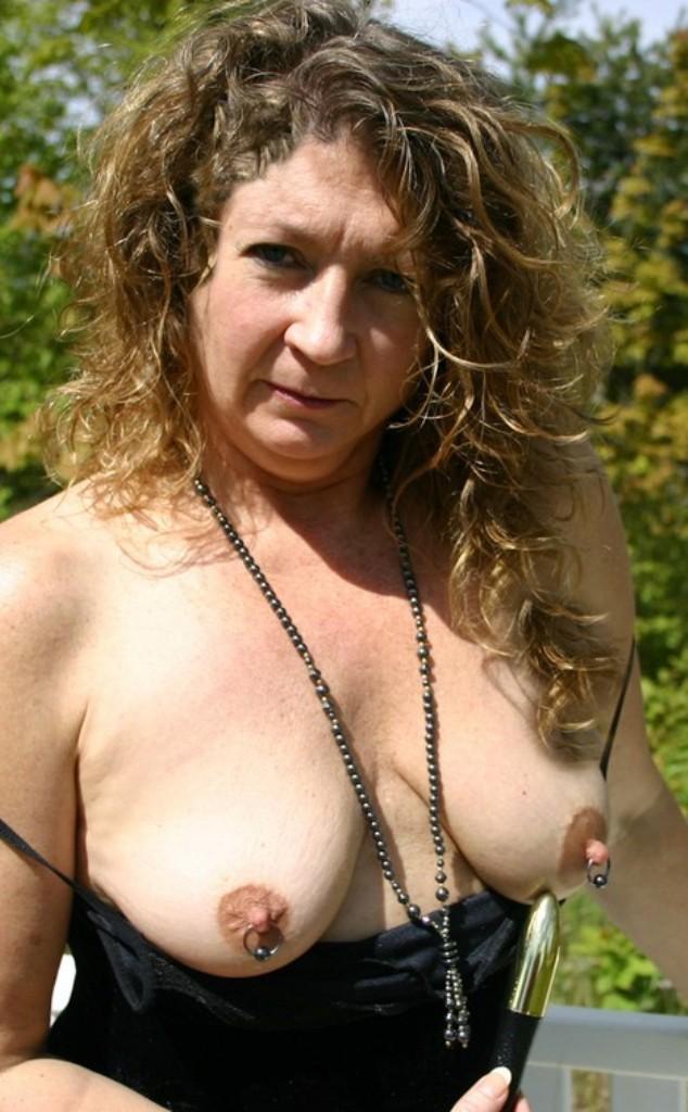 In Sachen Sexanzeigen Rostock bzw. Sie sucht ihn Sex Stuttgart – die richtige Antwort hat Luise.